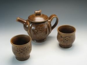 Dogwood Slip Design Tea Set